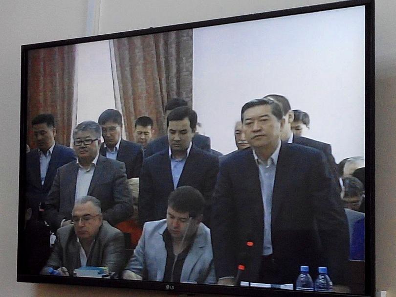 Серик Ахметов в зале суде