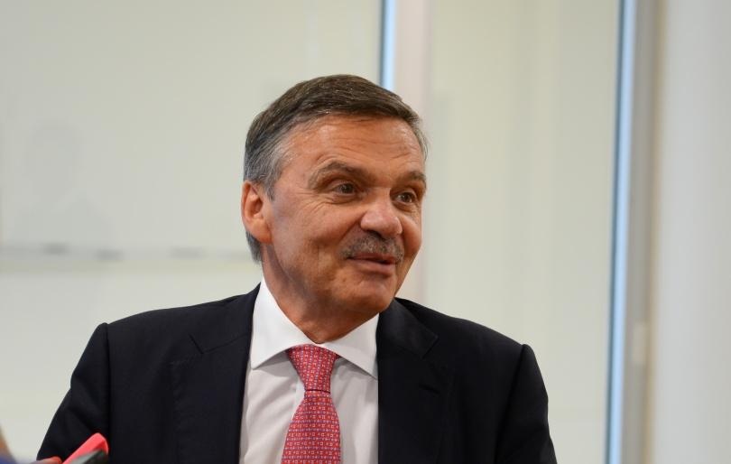 Президент международной федерации хоккея на льду (ИИХФ) Рене Фазель