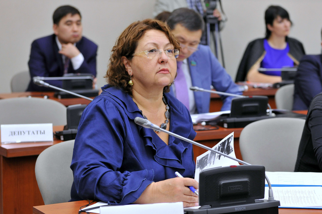 Депутат Мажилиса Ирина Смирнова