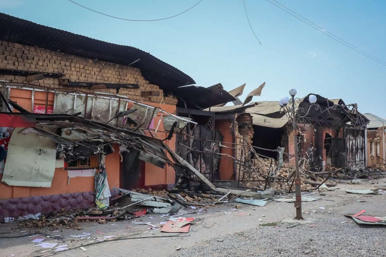 Арыс қаласында қирап қалған ғимараттар