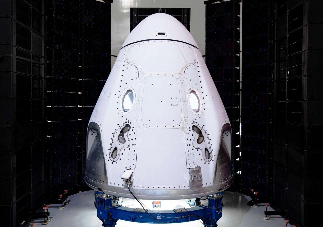 Этот корабль Crew Dragon отправится с астронавтами НАСА на Международную космическую станцию в 2020 году