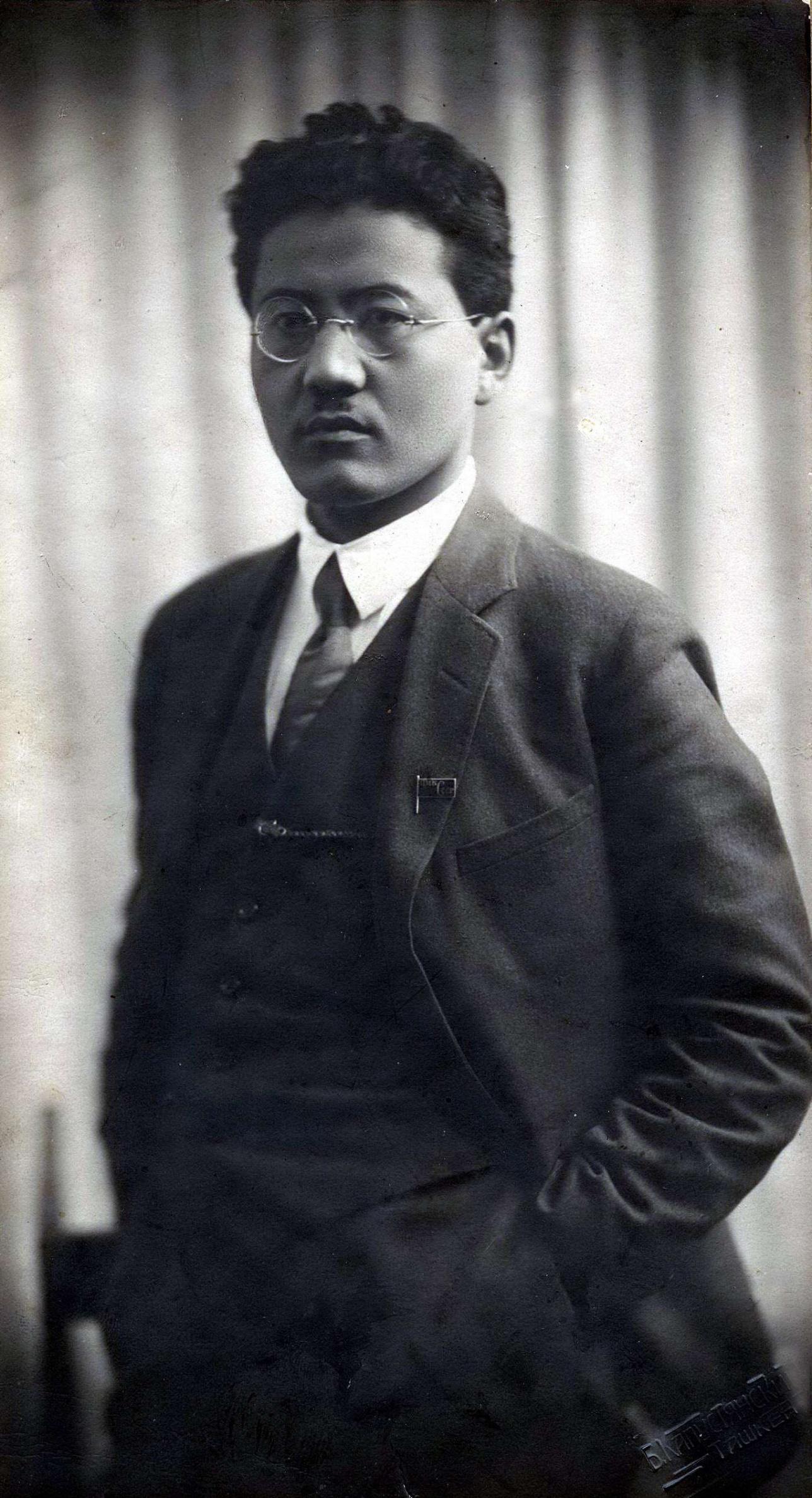 Турар Рыскулов