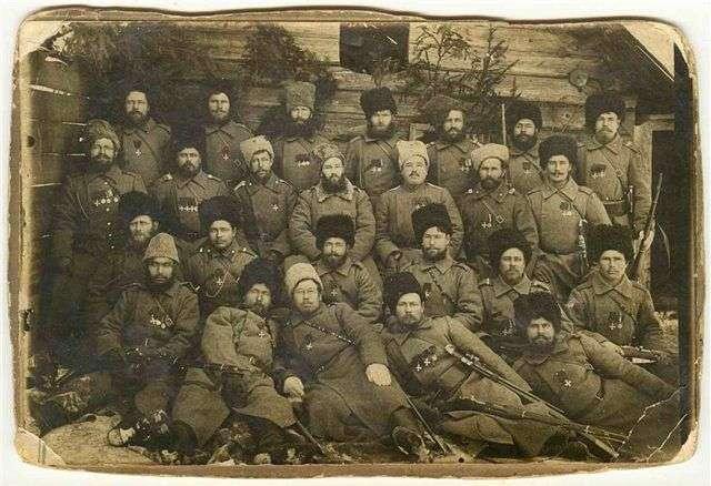 Уральские казаки-фронтовики, 1917 г.