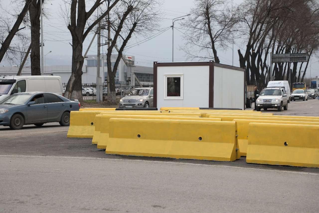 Алматыға кіріп-шығар жолдарға 27 блок-бекет қойылады