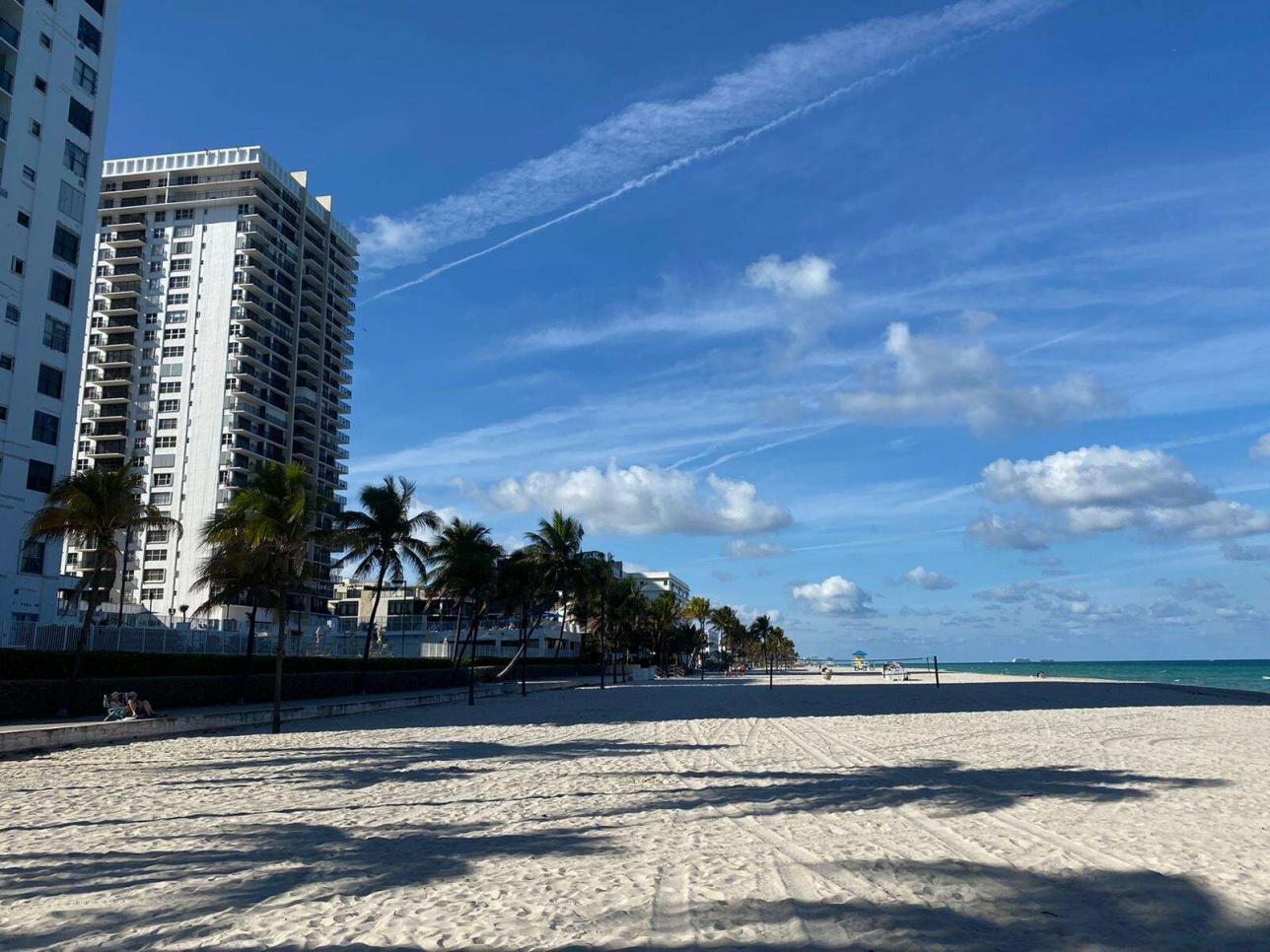 АҚШ-тың Флорида штаты Майами қаласындағы жағажай