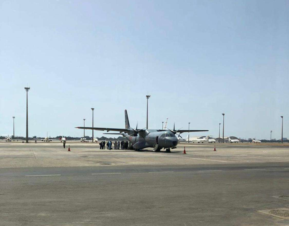 Военный самолёт, который доставил казахстанцев домой из Саудовской Аравии
