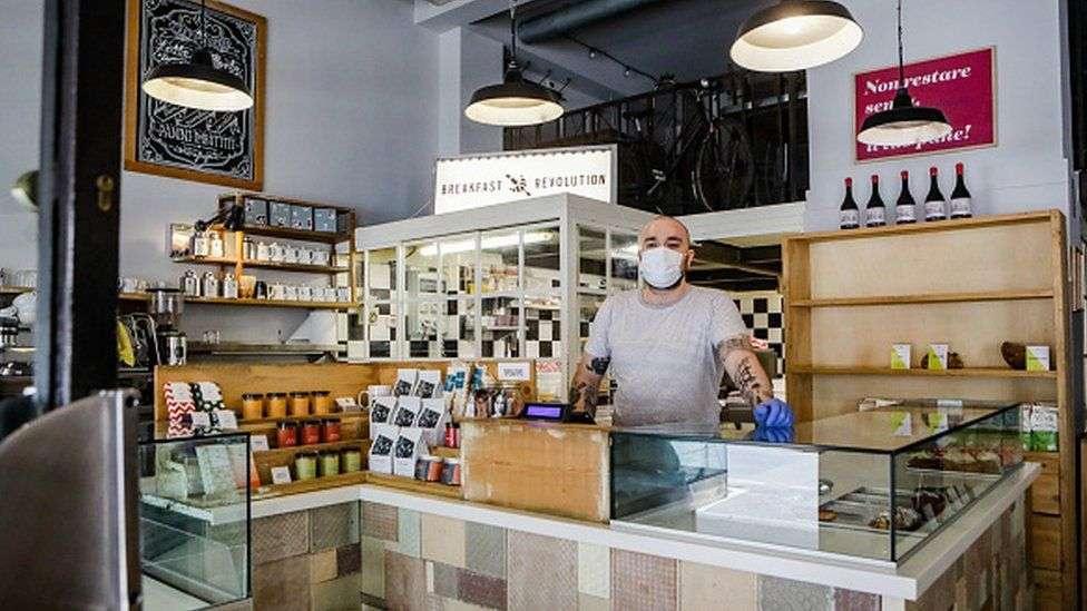 Итальянские кафе и рестораны работают на вынос
