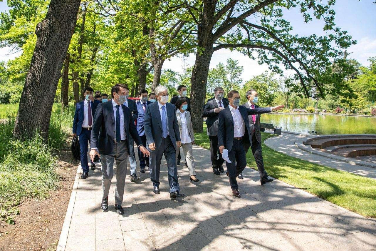 Президенту показали Ботанический сад после реконструкции
