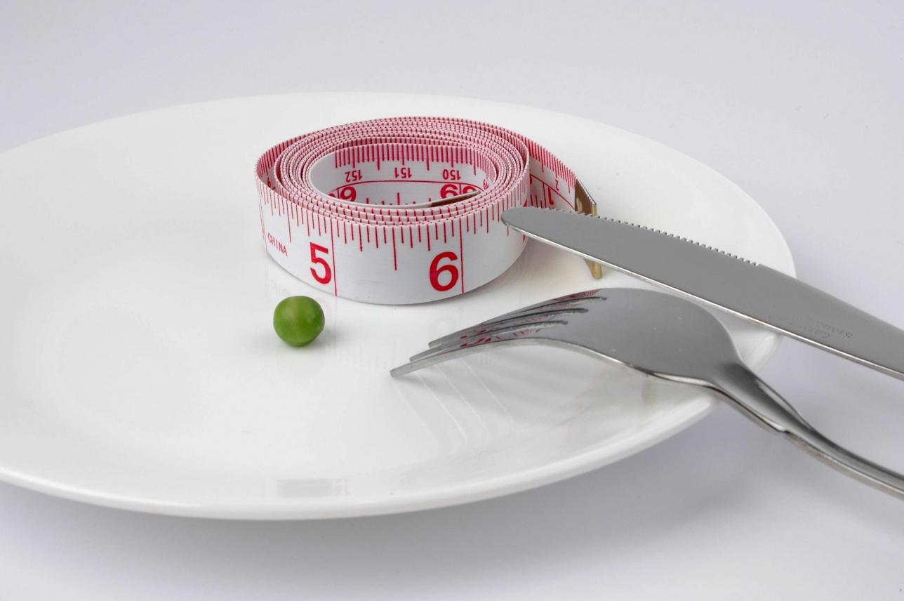 ]Нужно отказаться от сладкого, фастфуда и слишком жирной еды