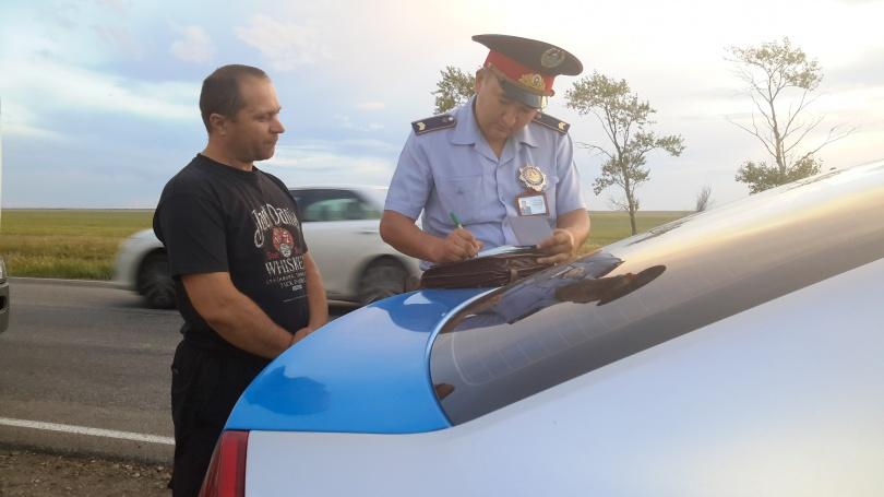 Водителя из Украины лишили водительских прав в Костанайской области