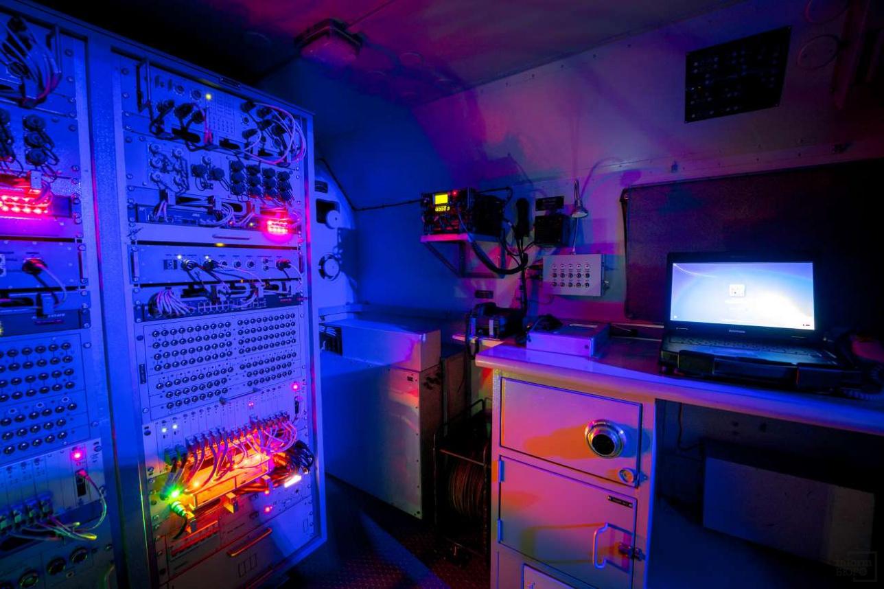 """Так выглядит начинка цифровой радиорелейной станция """"Актерек"""""""