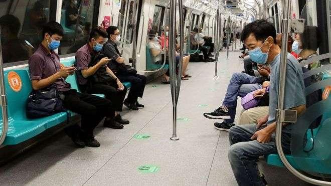 Когда в Сингапуре, как казалось, взяли вирус под контроль, там вновь начался рост числа зараженных