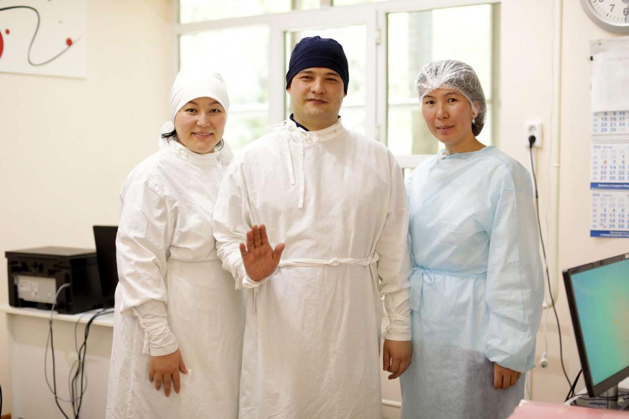 Иминджанов Руслан Артурович, с коллегами, Детская городская клиническая инфекционная больница, Алматы