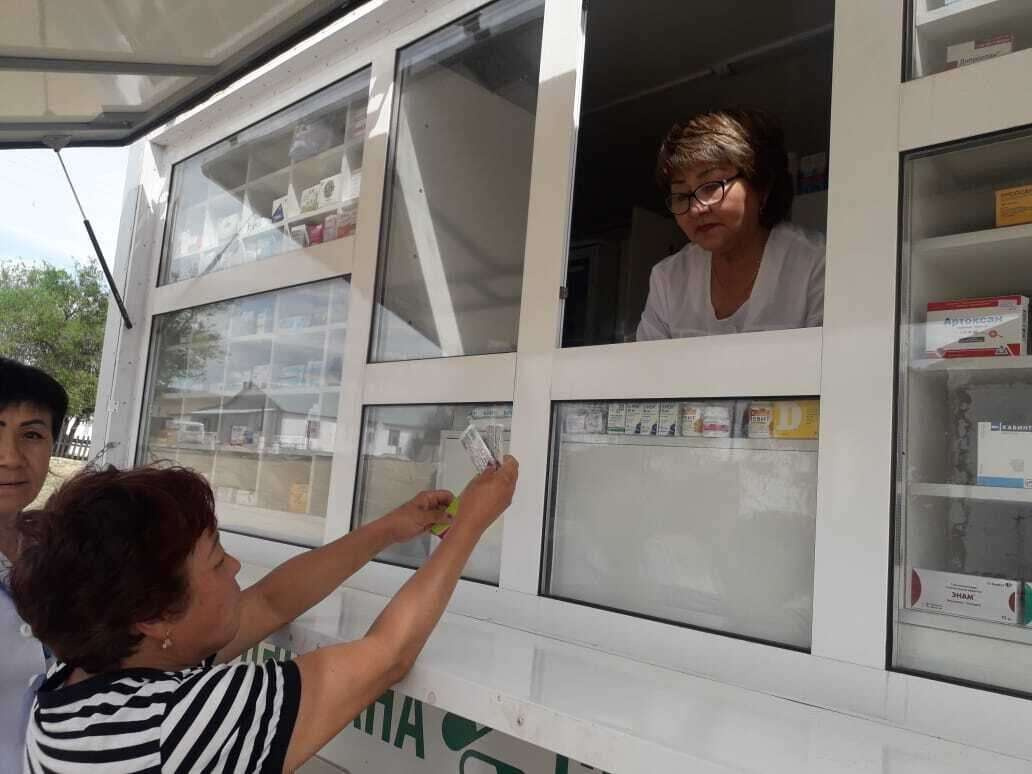 Передвижные аптеки работают в Карагандинской области