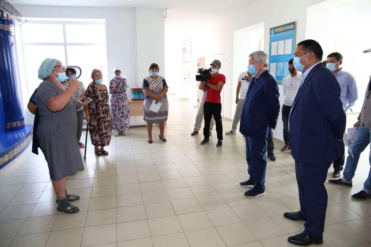 Сельчане пожаловались Сапарбаеву на местного акима