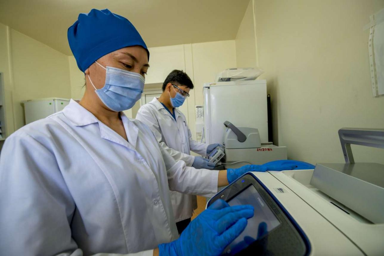 Специалисты НИИ ПББ надеются, что минздрав откажется от третьей и четвертой стадии испытаний
