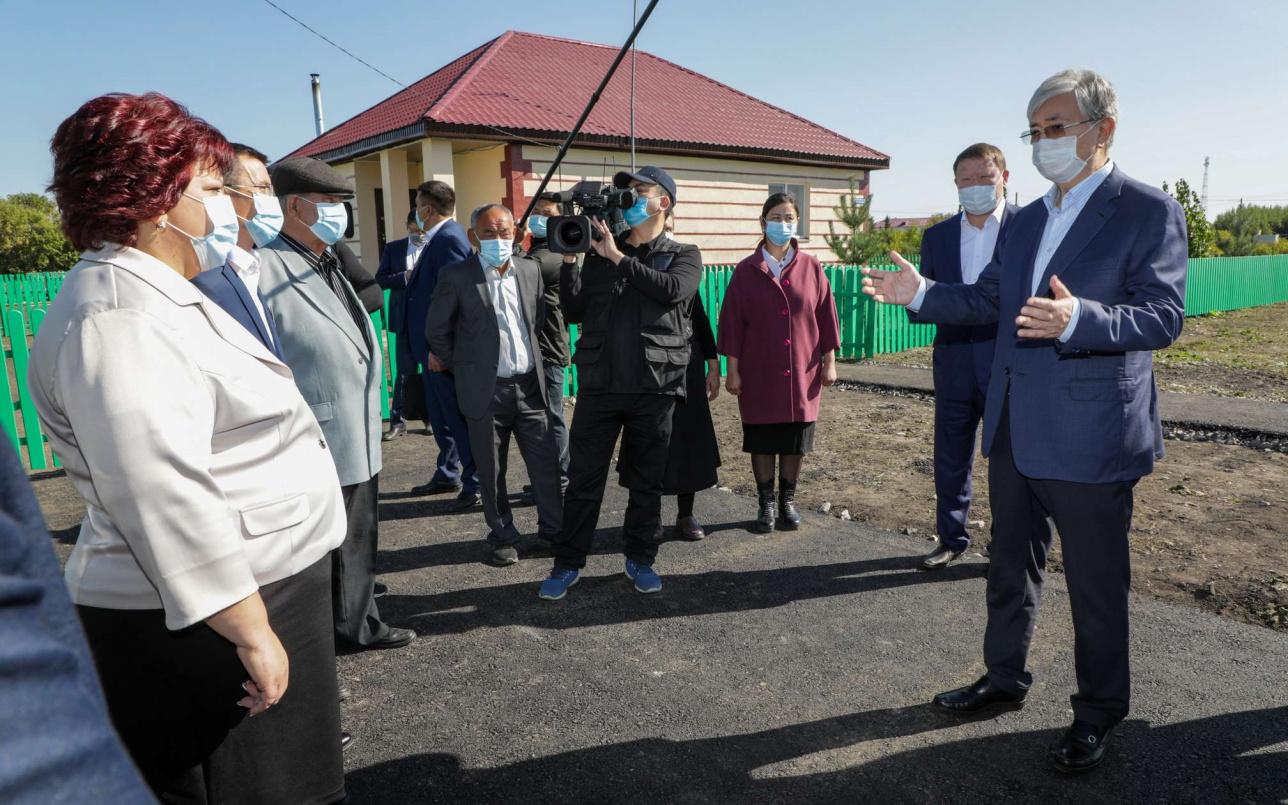 Президент встретился с жителями, которые переехали из других регионов