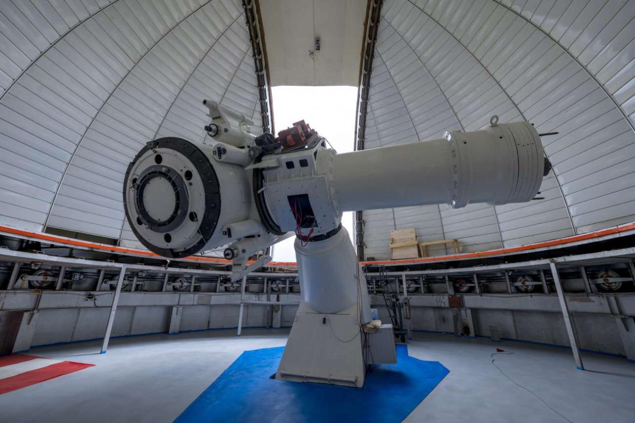 АЗТ-20 позволяет заглянуть в дальний космос на глубину десятков и сотен миллионов световых лет
