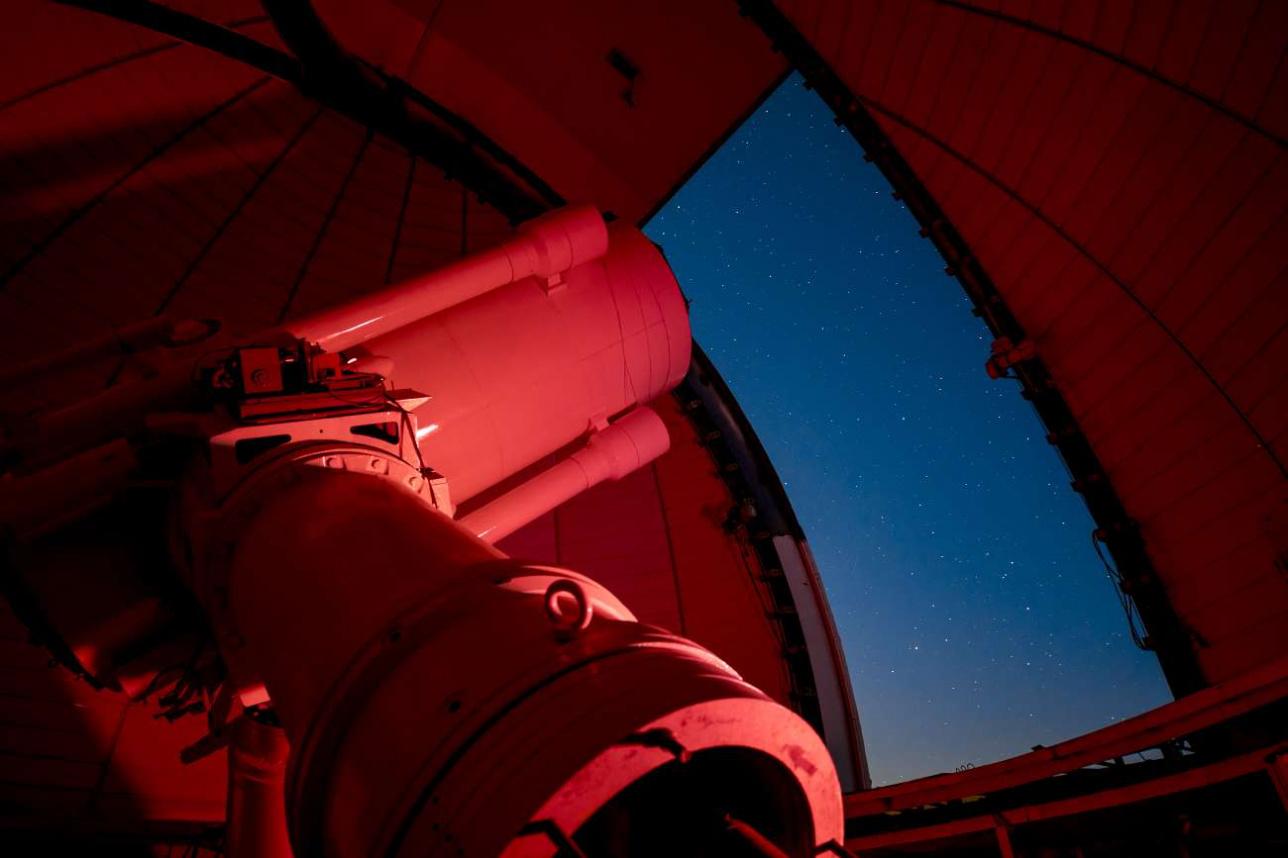 Полутораметровый телескоп-рефрактор АЗТ-20