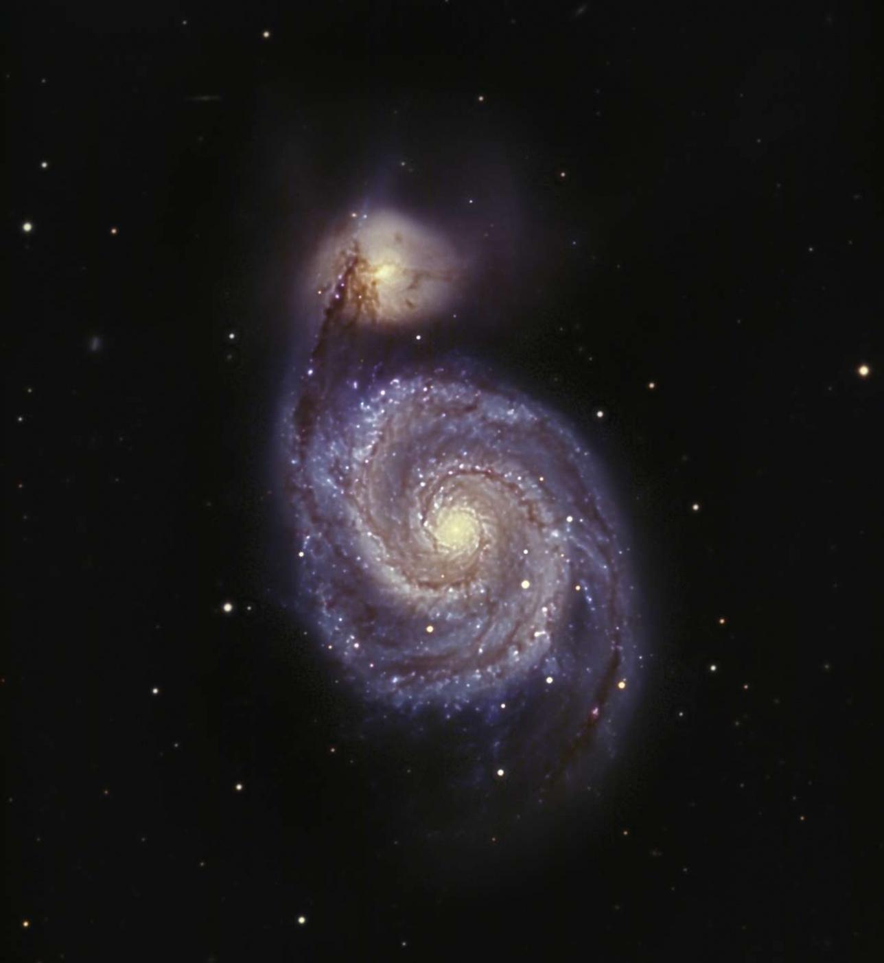 """Спиральная галактика M-51 """"Водоворот"""" (NGC 5194)"""
