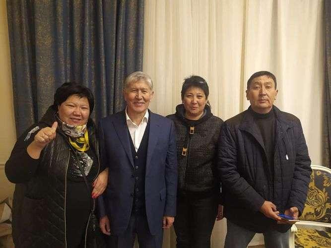 Советник экс-главы Кыргызстана Кундуз Джолдубаева разместила фото после освобождения Алмазбека Атамбаева