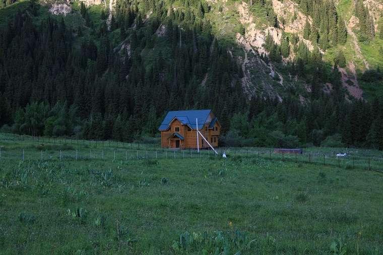 Дом в Иле-Алатауском нацпарке