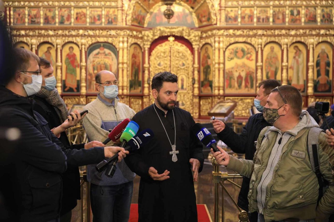 Какие задачи приходилось решать реставраторам, рассказал протоиерей Александр Суворов, ключарь Вознесенского собора