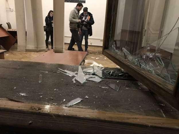 В здании правительства Армении сейчас так