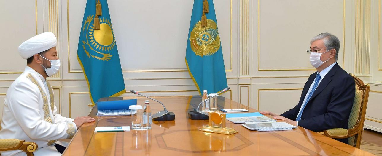 Касым-Жомарт Токаев на встрече с главой ДУМК