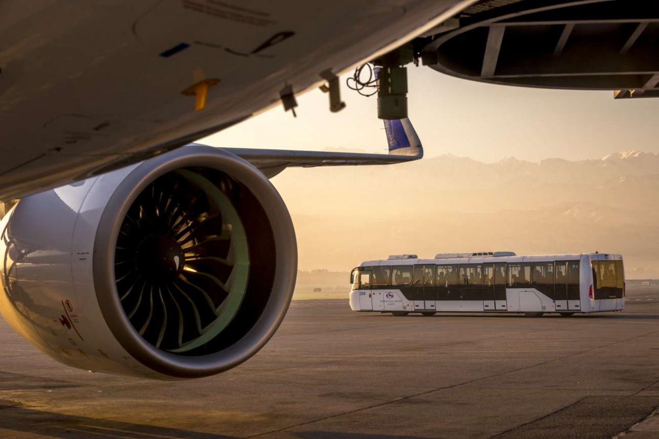 Безопасность пассажиров на борту – приоритет любой авиакомпании