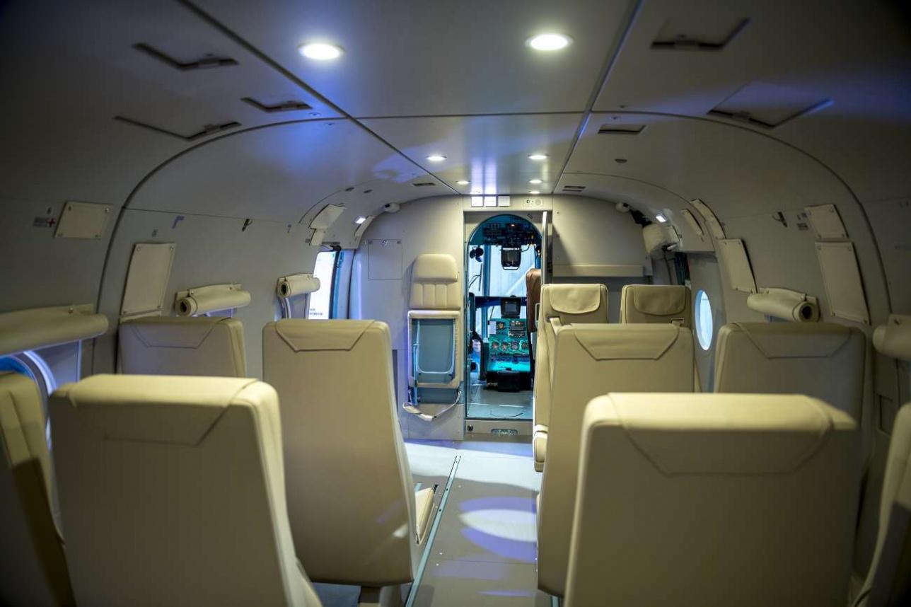 Салон первого собранного для МСЧ Ми–8 АМТ оборудован для перевозки пассажиров