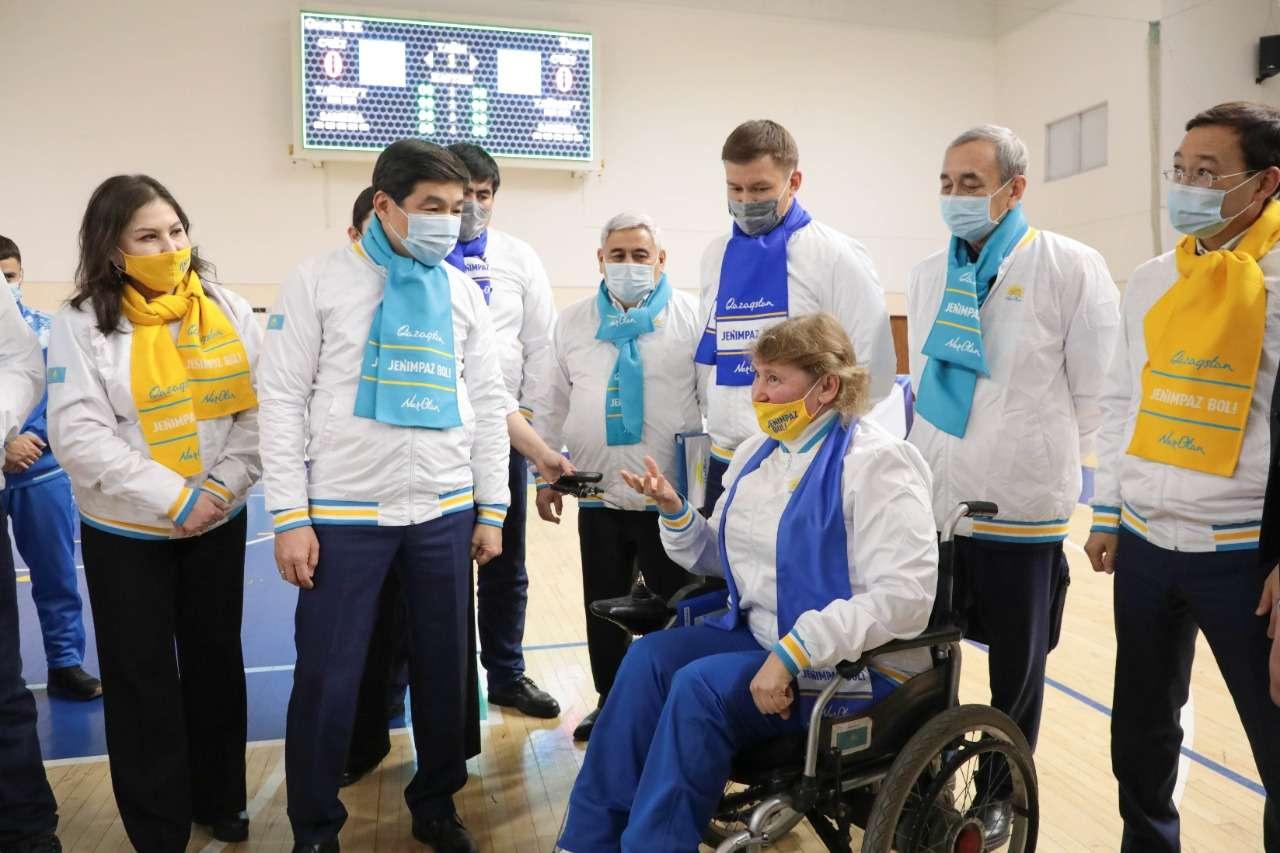 Бауыржан Байбек встретился со спортсменами Жамбылской области