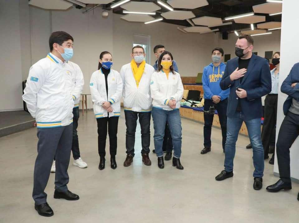 Встреча с активистами в Алматы