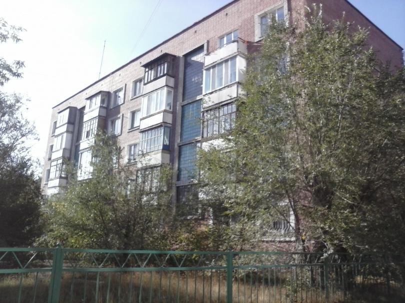 В старых пятиэтажках и новостройках цена на жильё одинаковая