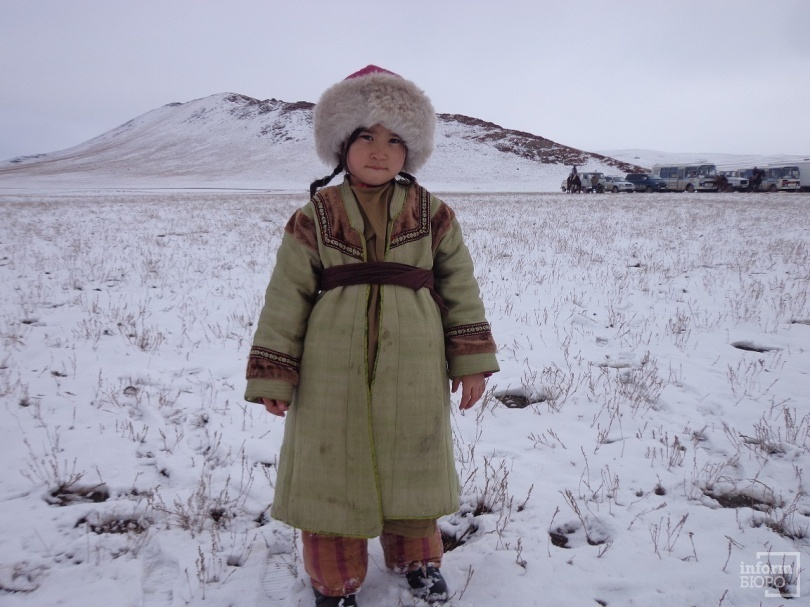 Маленькая Асия очаровала всех журналистов, с ней было сделано больше всего селфи