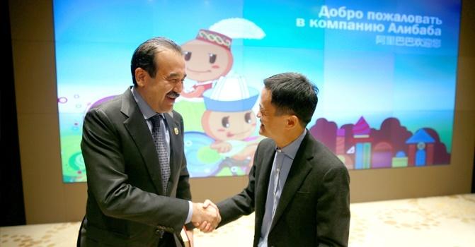 Глава Правительства РК провел встречу с председателем правления Alibaba Group Джеком Ма