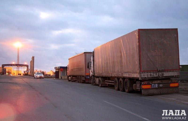 Увеличение грузопотока через порт Актау выгодно Казахстану.