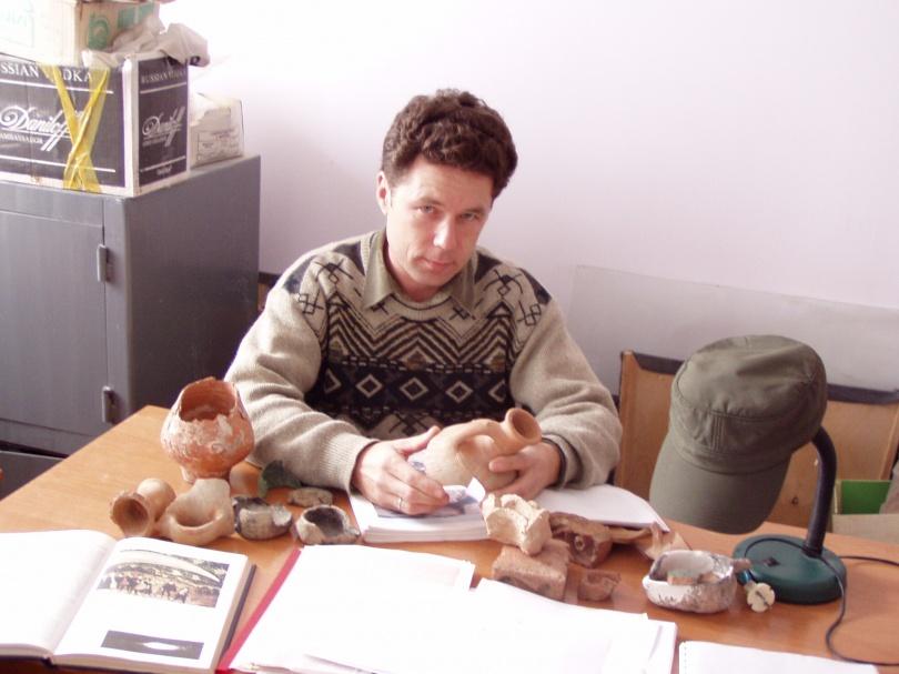 Андрей Астафьев бывал непосредственно на месте ядерных взрывов на плато Устюрт
