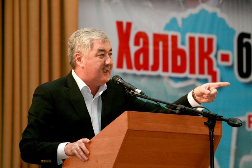Политик Амиржан Косанов