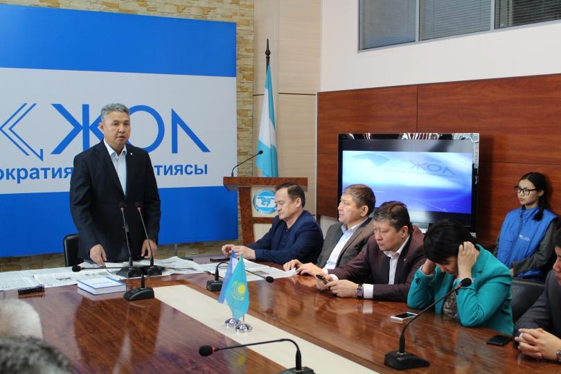 В последний день предвыборной агитации, партия бизнесменов встретилась со столичными предпринимателями.