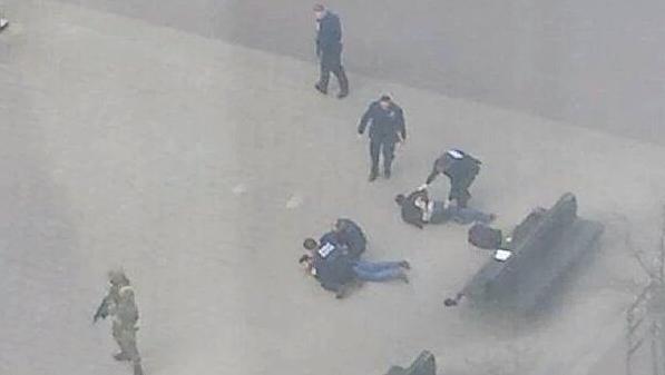 Два человека были задержаны по подозрению в причастности к теракту