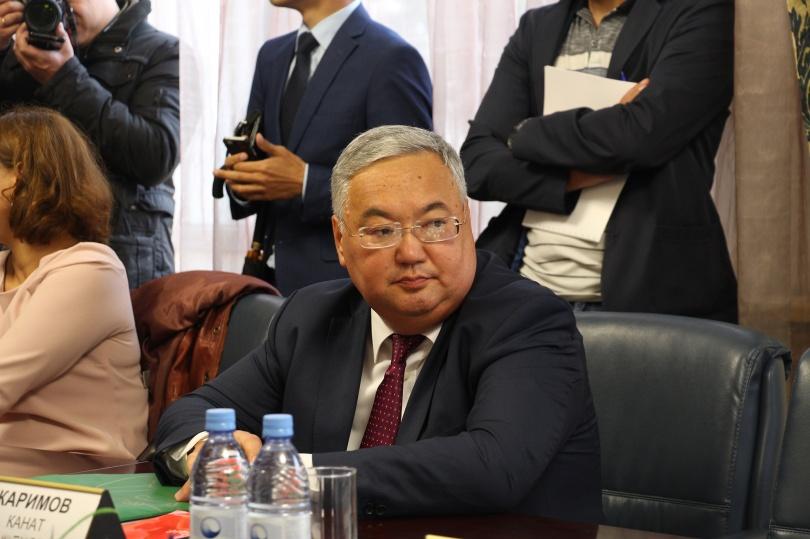 """Каримову и Баталову советуют поскорее определиться, """"кто в зоопарке хозяин"""""""