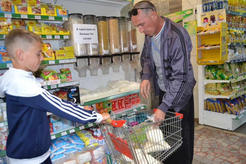 Казахстанцы скупают сахар