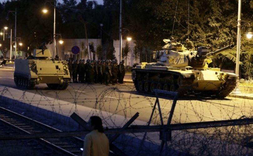 В Турция совершена попытка военного переворота