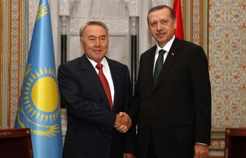 Нурсултан Назарбаев прилетает в Турцию по приглашению Эрдогана