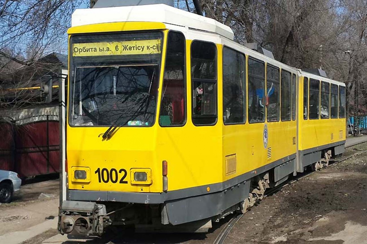 Тот самый вагон, с которого у алматинского трамвая начались проблемы