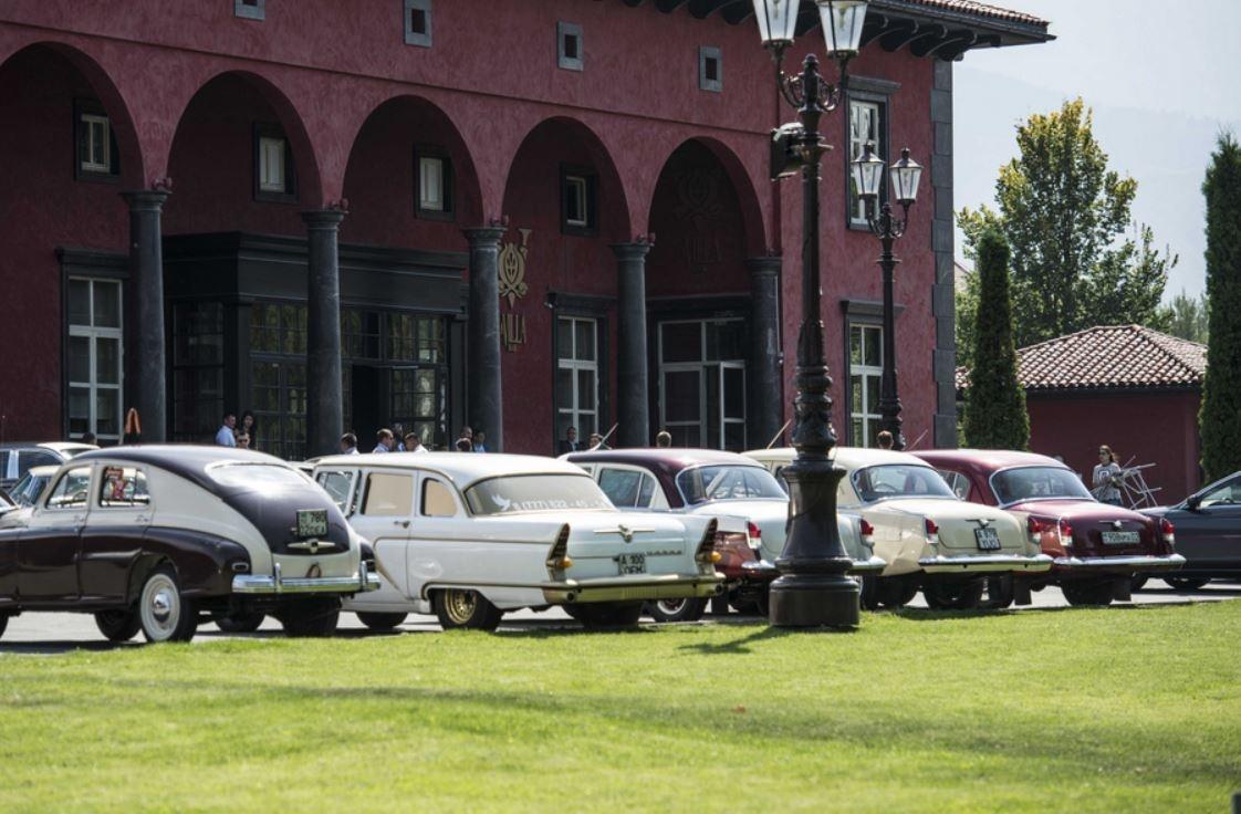 Раритетные машины покажут на выставке в Алматы