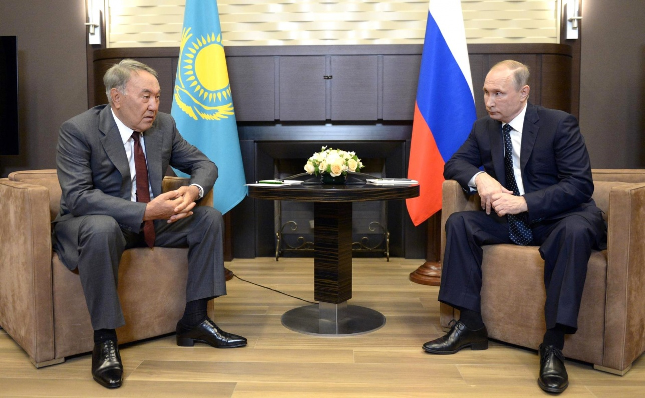 Нурсултан Назарбаев заявил о готовности Порошенко к компромиссу