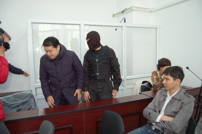 Батыр Махамбетажиев на избрании меры пресечения в Алматы, 28 марта 2016 года