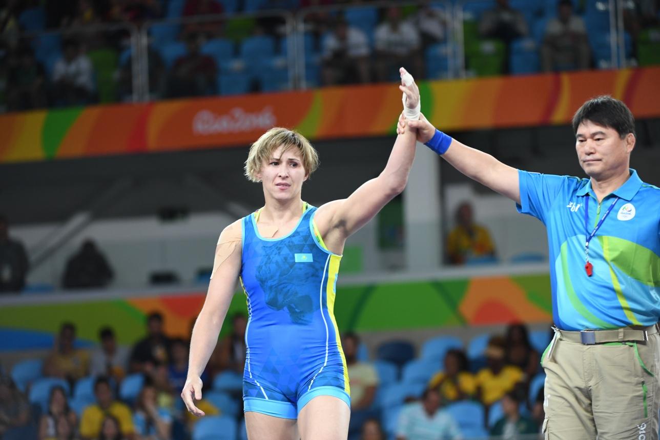 В полуфинале Манюрова положила на туше свою бывшую соотечественницу из России и не смогла сдержать слёз